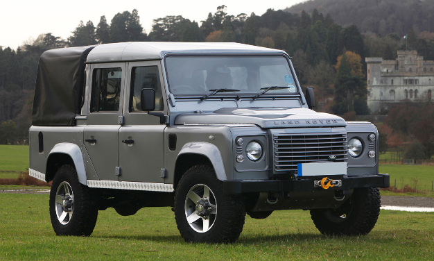 ca-08-land_rover_defender-626x376